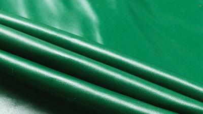 PVC涂塑篷布与PE篷布的区别